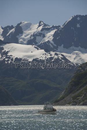 tourist boat kenai national fjord prince