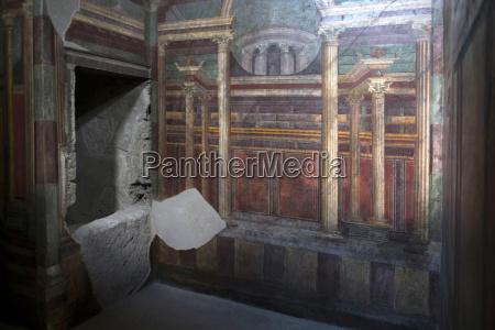 geometric frescoes of the cubicola in