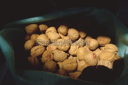 a sack of walnuts dubai uae
