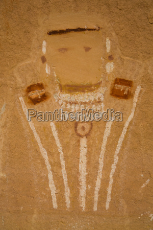 five faces pictograph anthropomorph images 700