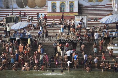 hindu pilgrims take part in ritual