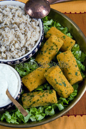mercimek koftesi vegetarian balls with lentils