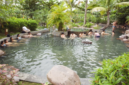 fish therapy pool nantian hot spring