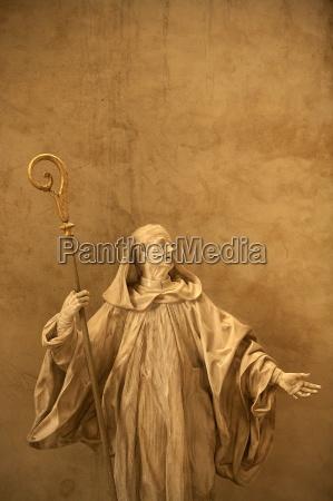 sculpture saint vincent cathedral st malo
