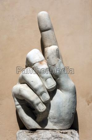 hand of emperor constantine i 4th