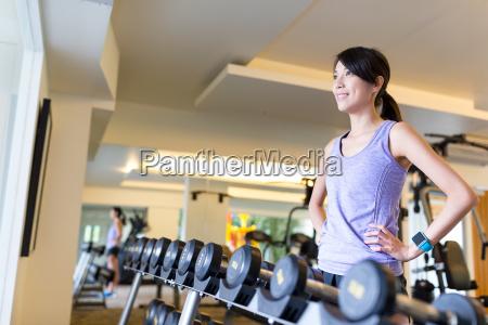 woman trainging in gym