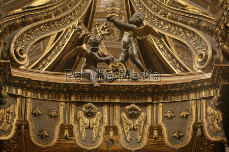 detail of angels holding st peters
