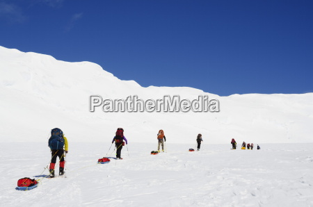 climbing expedition on mt mckinley 6194m