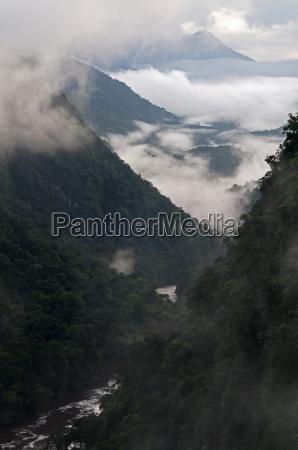low cloud in the potaro river