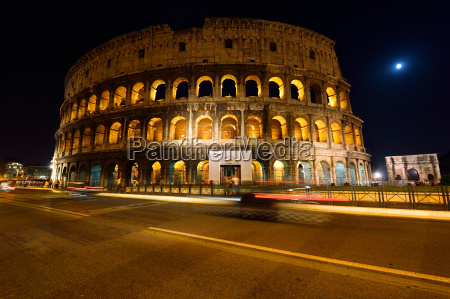 colosseum and arch of constantine at