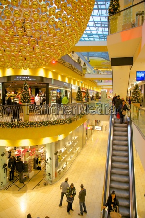 thier gallery shopping centre at christmas