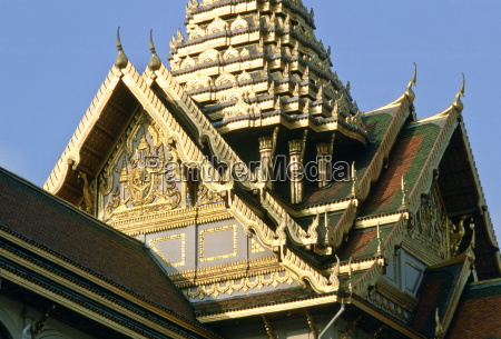 detail of the ornately decorated roof