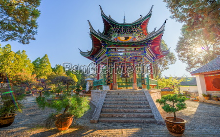 hdr capture of a pagoda near