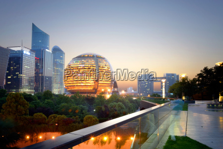 jianggan district continues to fascinate with