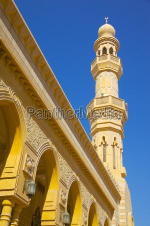 ornate mosque abu dhabi united arab