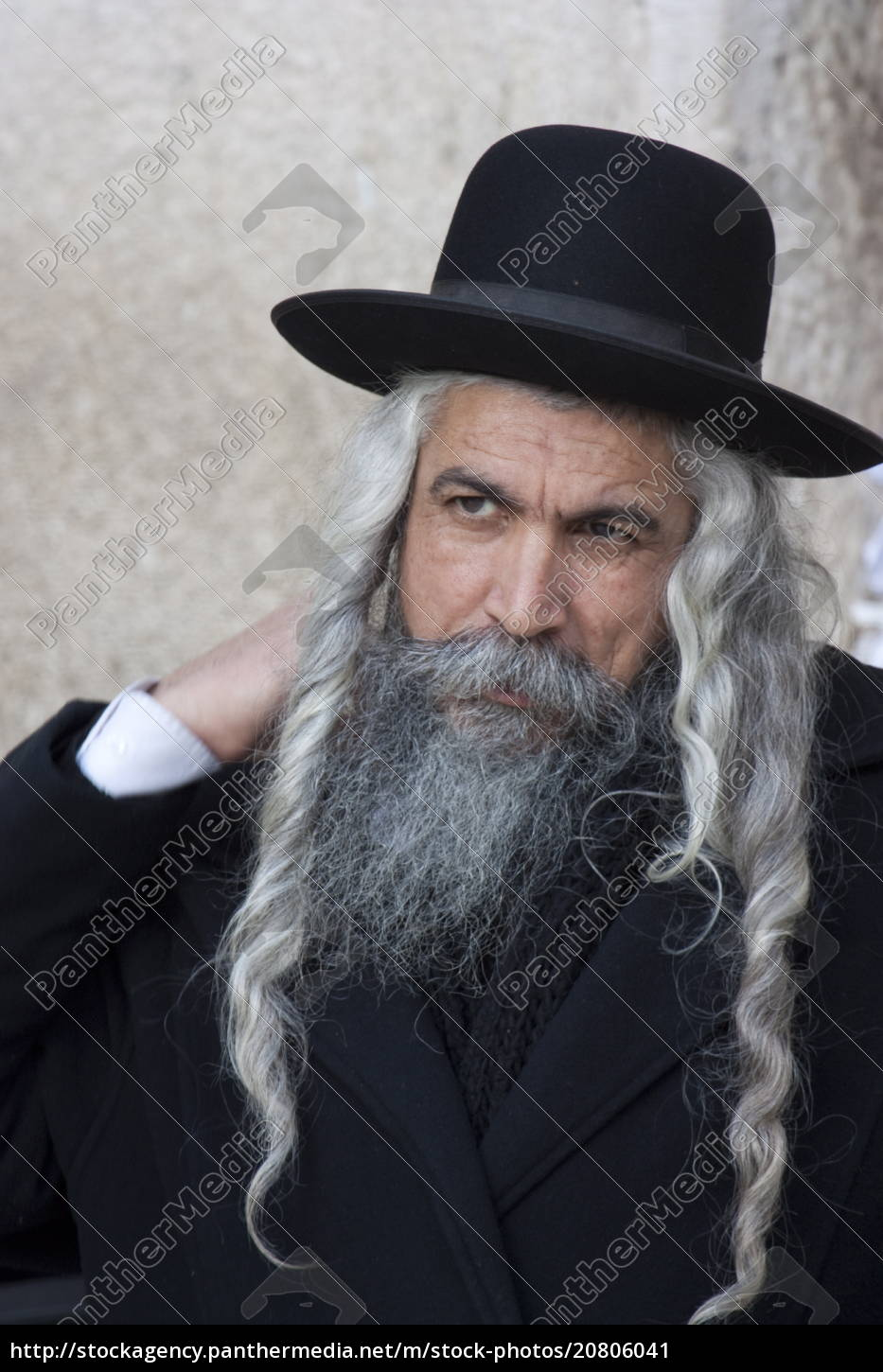 Hasidic Jew With Long Hair And Beard Dressed In Hat Rights Managed Image 20806041 Panthermedia Stock Agency