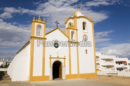 the typically portuguese white facade of