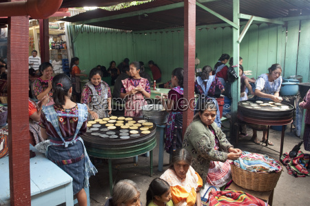 preparing lunch chichicastenango market chichicastenango guatemala
