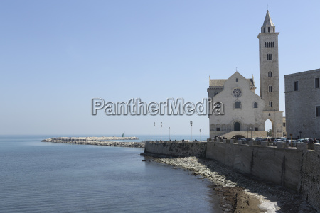 the adriatic sea harbour wall and