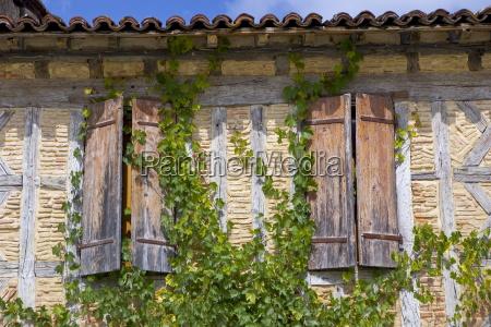 window shutters labastide darmagnac france