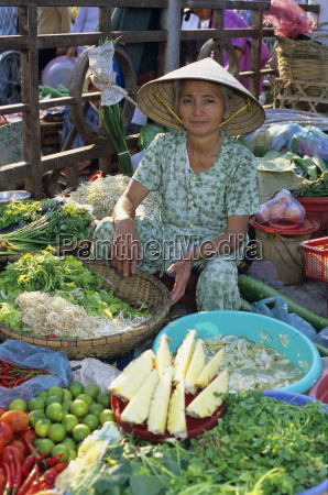local produce market hue north central