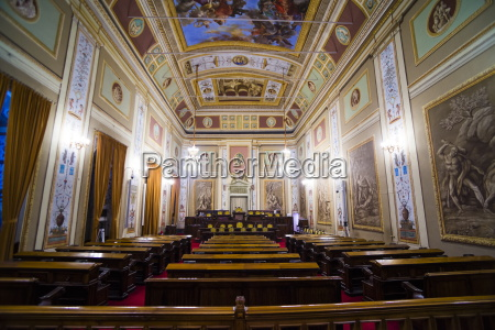 courtroom at royal palace of palermo