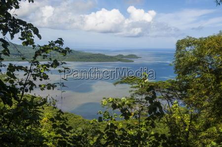 overlook over the island of pohnpei