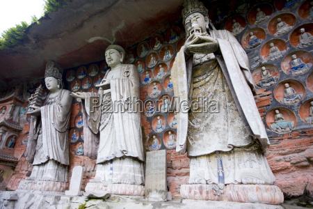 dazu rock carvings of buddha of