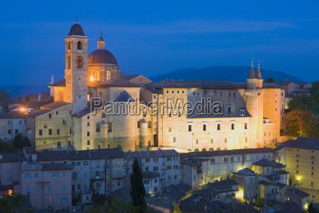ducal palace at night urbino le
