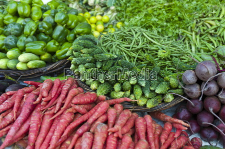 fresh vegetables carrots green peppers beetroot