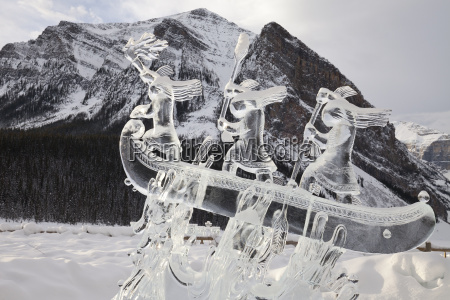 ice sculpture at the 2015 lake