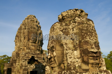 detail of sculptures bayon temple dating
