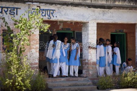 indian hindu schoolchildren at state school