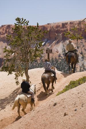 horseback riding through bryce canyon national