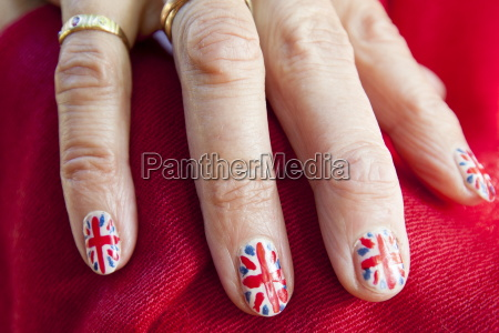 union jack flags painted on nails