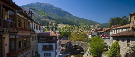picturesque town of potes in valley