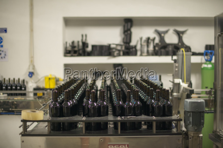 douro wine being bottled at a