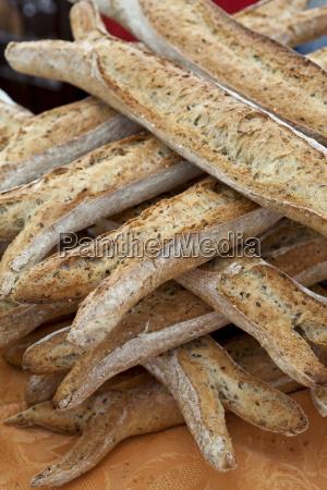 freshly baked multigrain 5 cereals french