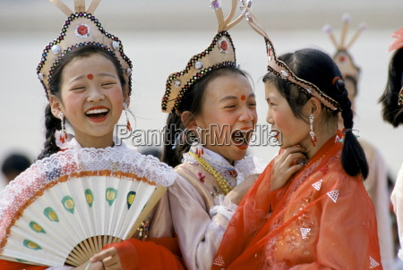 chinese traditional dancers in shanghai china