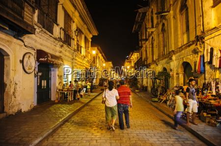 night shot of the pedestrian zone