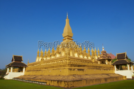 pha that luang symbol of the