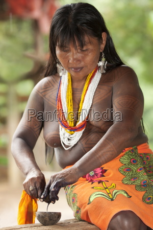 embera woman dressed in traditional print