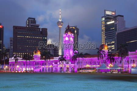 the sultan abdul samad building at