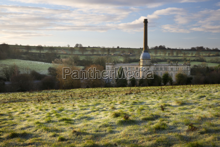 bliss mill on frosty morning chipping