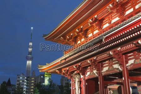 senso ji temple and skytree tower