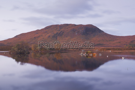 lochan na h achlaise reflecting the