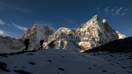 nepal khumbu everest region sunset on