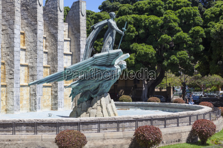 spain monument of al angel caido