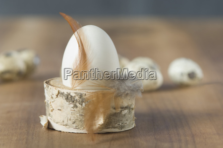 easter eggs with quail egg feather