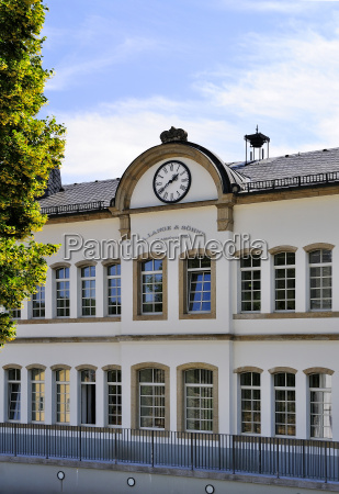 germany saxony glashuette company building a